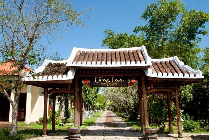 Hoian-Danang:Discover Vietnamese Traditional Handicrafts in Hoi An Silk Village photo 1