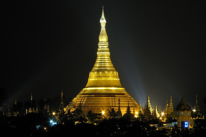 The Night Viewing of Shwedagon Pagoda and Traditional Dinner Show