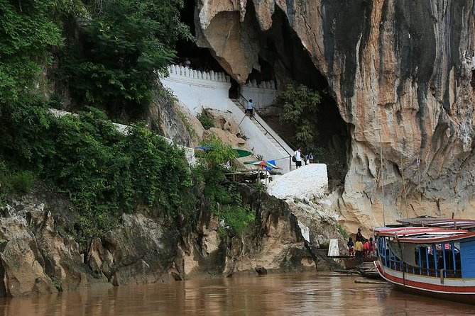 Full Day City Tour and Pak Ou Caves(lunch and dinner included)