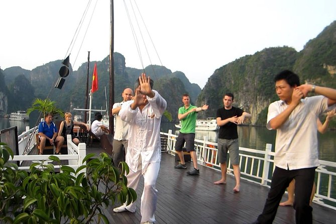 Hanoi : Halong Bay On Bhaya Cruise Top Sighseeing photo 3