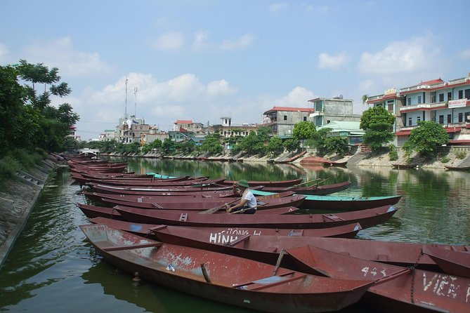 Hue: Romantic City Trip Cruising Perfume River Pagoda & Yen Mountain