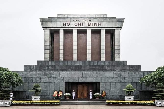 Visit Ho Chi Minh Mausoleum at night 2020 - Hanoi