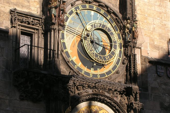 Walking Tour in Prague: Old Town with Jewish Quarter and Prague Castle