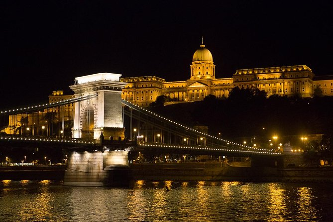Budapest Evening Walking Tour with optional Danube River Cruise photo 1