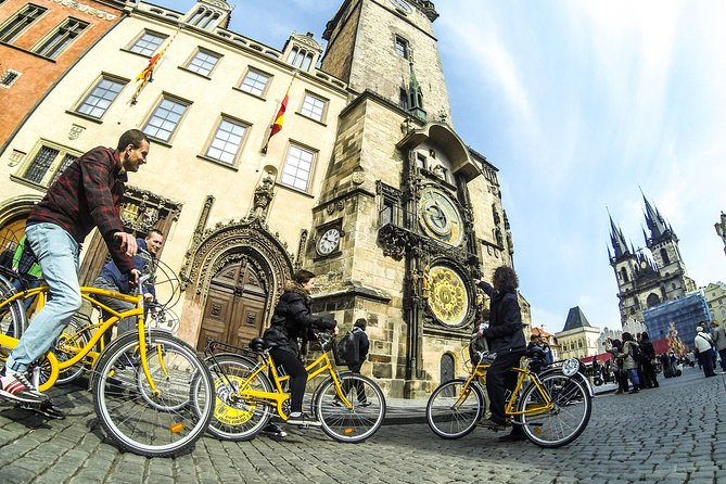 Prague Highlights Bike Tour with Old Town & Prague Castle