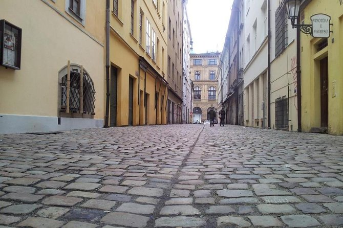 Small-Group Hidden Prague Walking Tour with Cafe Stop