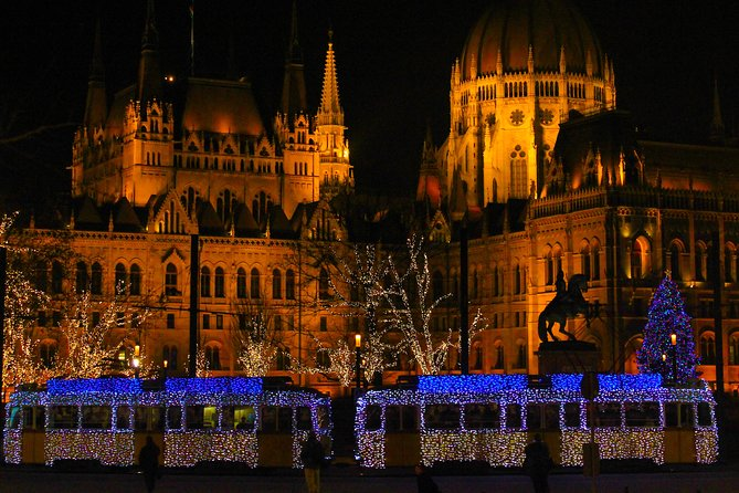 Budapest Christmas Market Tour with Basilica visit & Mulled Wine