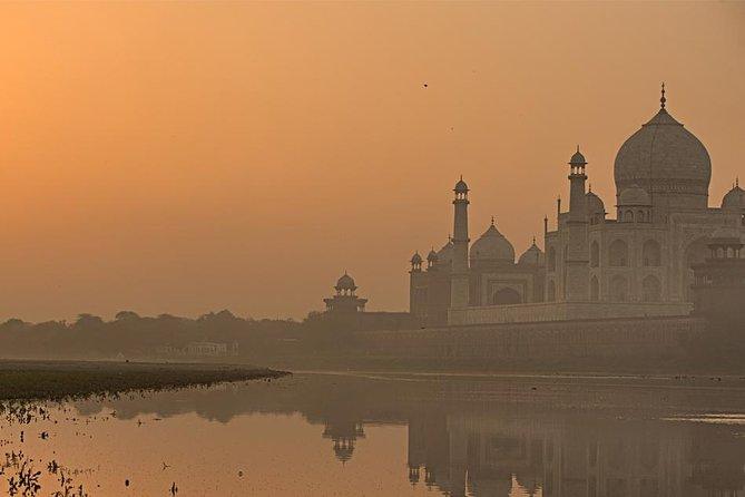 Agra Same Day tour from Delhi in a Private Car photo 1