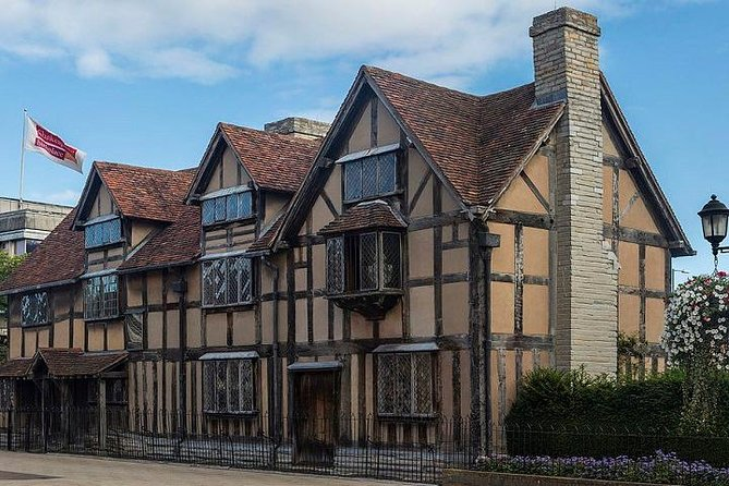 Full-Day Warwick Castle and Stratford Upon Avon Tour From Bournemouth photo 10