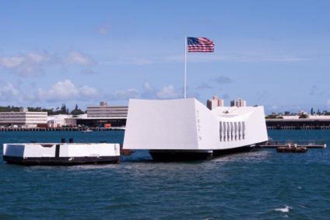 Pearl Harbor: Tour pelo Arizona Memorial, Cidade de Honolulu e Punchbowl