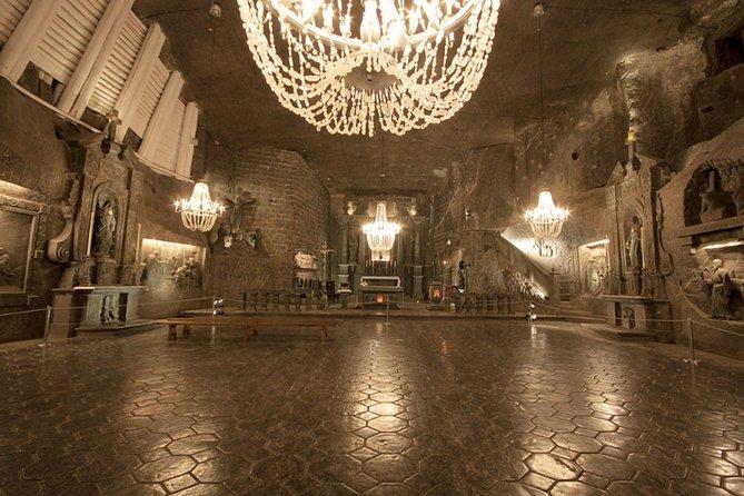Auschwitz and Wieliczka Salt Mine in one Day from Warsaw