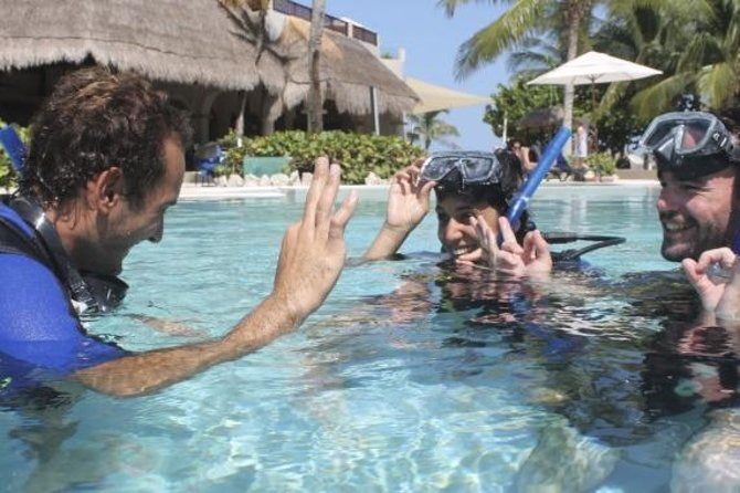 PADI Open Water Diver Course in the Riviera Maya