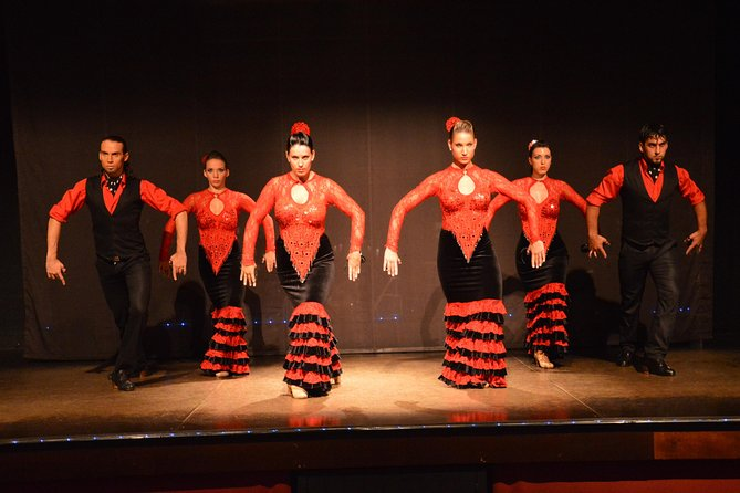 5-hour New Year's Eve Flamenco Show, Dinner and Party in Barcelona