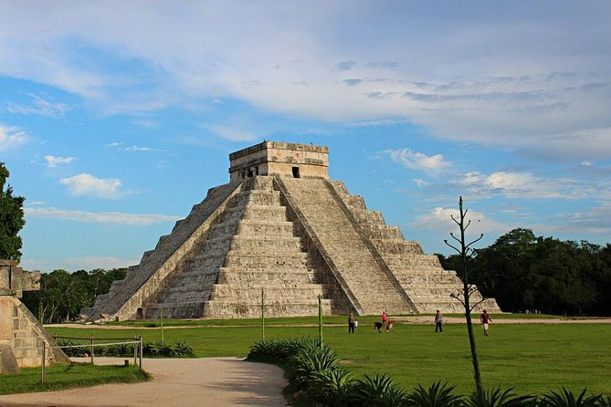 Chichen Itza & Playa del Carmen Shopping tour Combo from Riviera Maya