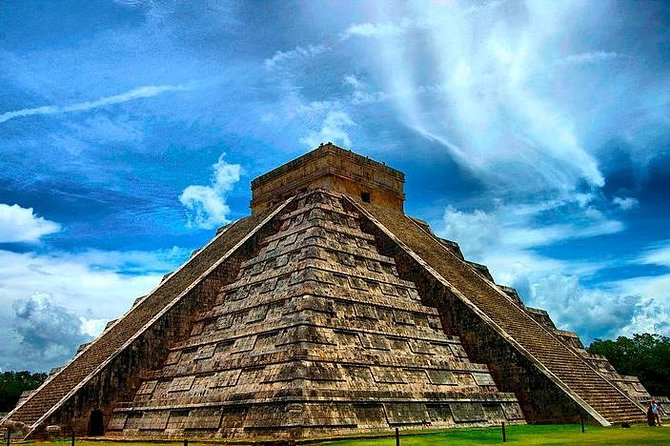 Chichen Itza Express Day Tour from Cancun and Riviera Maya