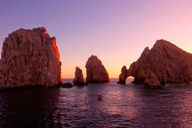 Sunset Dinner Cruise in Los Cabos