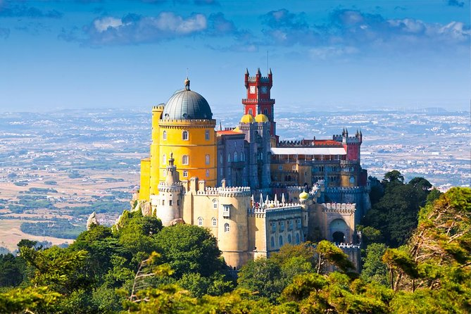 Sintra, Cascais, Estoril Full Day Trip from Lisbon in Private Vehicle