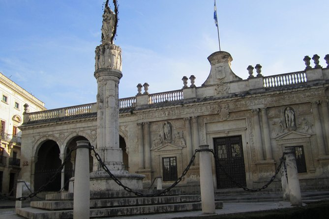 Jerez Historic Guided Tour with Horse Show and Winery Visit