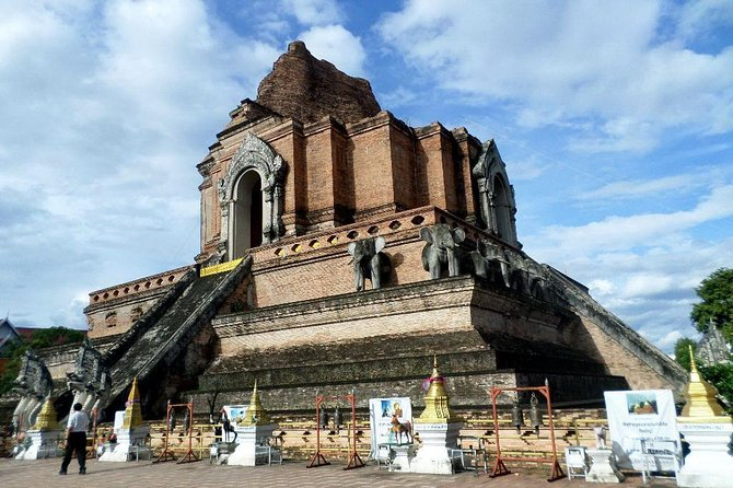Half Day Chiang Mai City and Temple (Private Tour)
