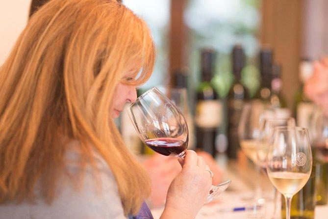 5本の素晴らしいワインを味わって、卒業証書を受け取りましょう!
