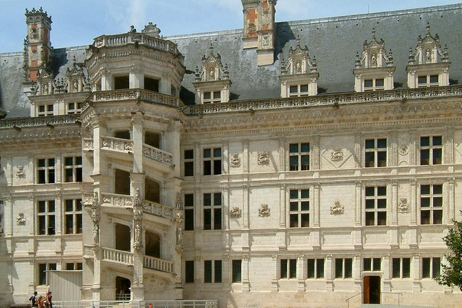 Loire Valley Castles Private Day Trip from Paris