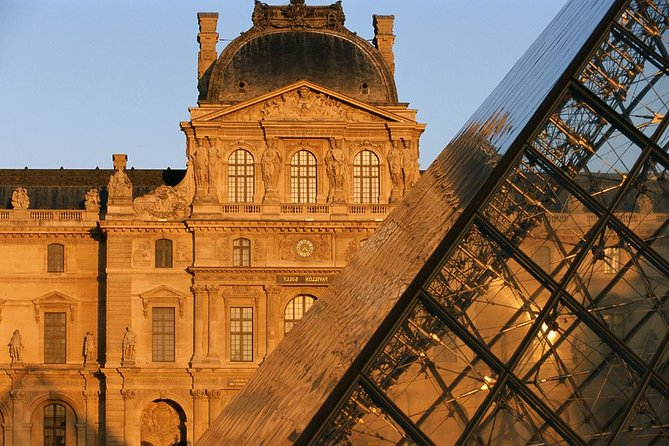 Private Louvre Museum Tour with Hotel Pickup