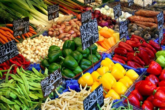 Tour gastronómico de Viena para grupos pequeños de Naschmarkt