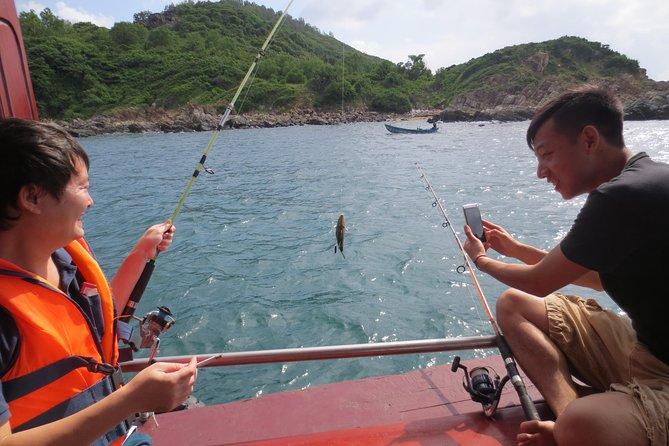 Full-day Mun Island Fishing Cruise from Nha Trang