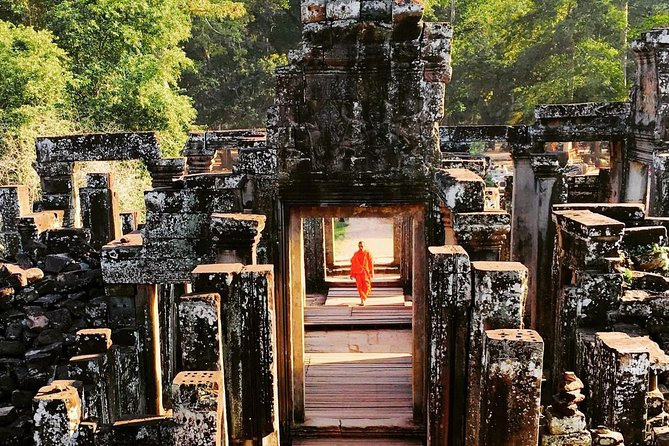 Siem Reap highlight of Angkor Wat and Angkor Thom full day tour