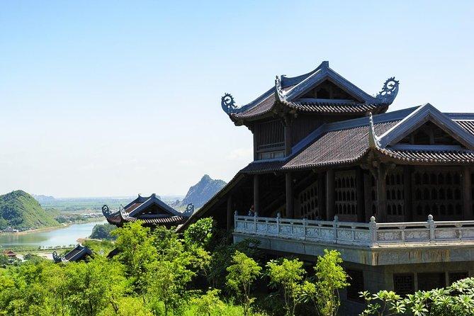 Full day Bai Dinh pagoda and Trang An grottoes in Ninh Binh