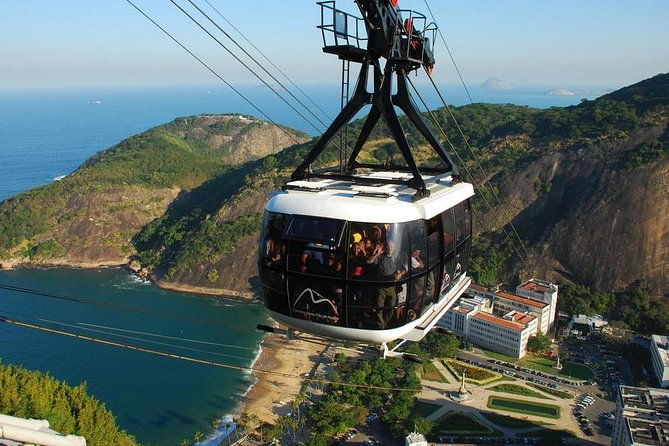 Private Half Day Tour to Christ the Redeemer and Sugarloaf