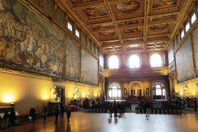 Private Piazza della Signoria and Skip-the-Line Palazzo Vecchio Tour