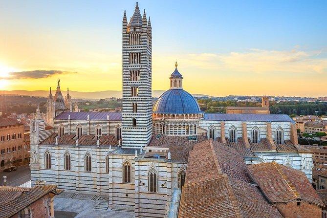 San Gimignano, Siena, Monteriggioni: Fully Escorted Tour, Lunch & Wine Tasting