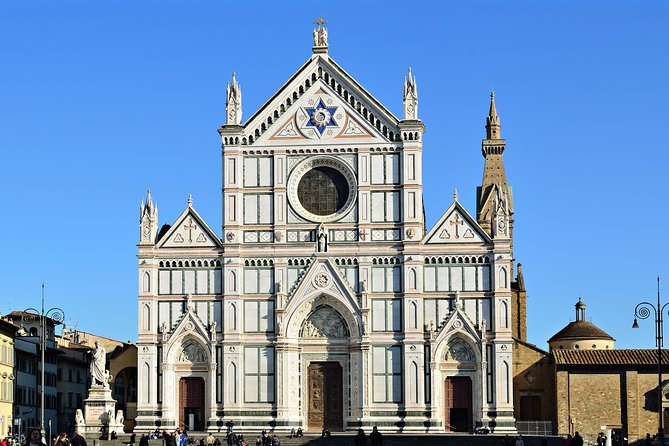 Private Guided Tour of Florence Basilicas and Their Cloisters
