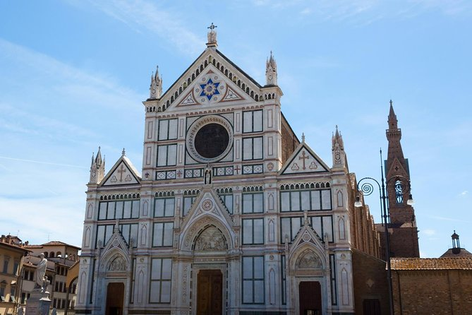 Private Guided Visit Florence's Santa Croce Basilica and Ancient Leather School