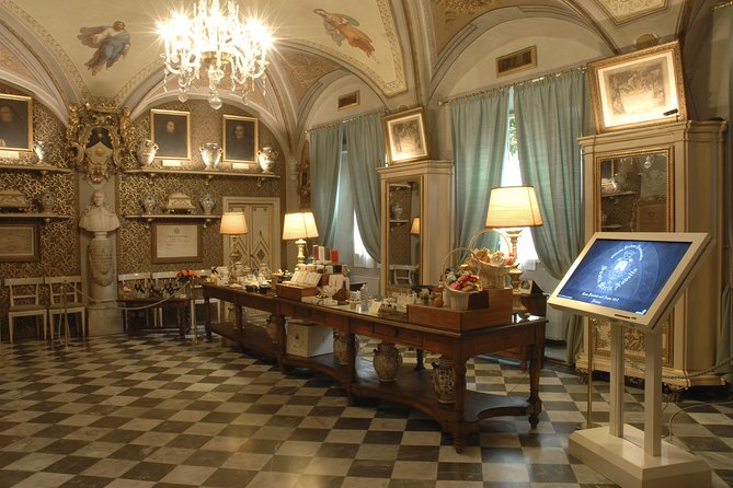 Private Guided Visit of Florence Santa Maria Novella Basilica and its Officina Profumo Farmaceutica