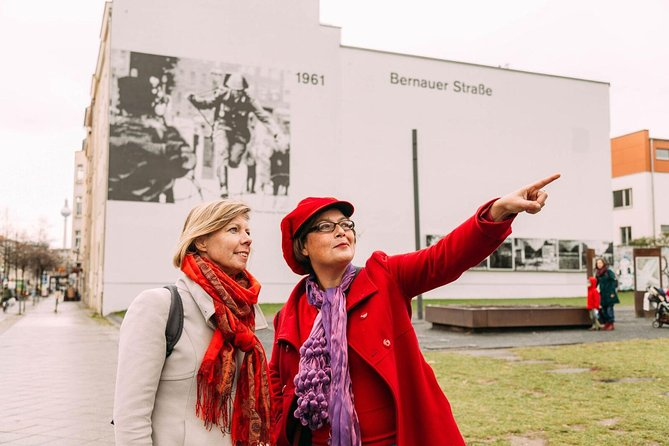 Private Tour: East and West Berlin Cold War Tour with a Local Host