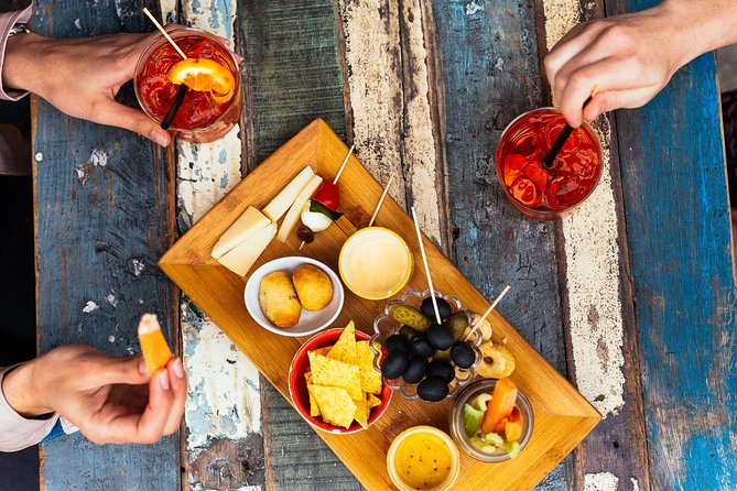 Amazing Private Milan Aperitivo Tour