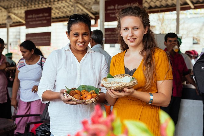 Withlocals The 10 Tastings: Kandy Private Street Food Tour
