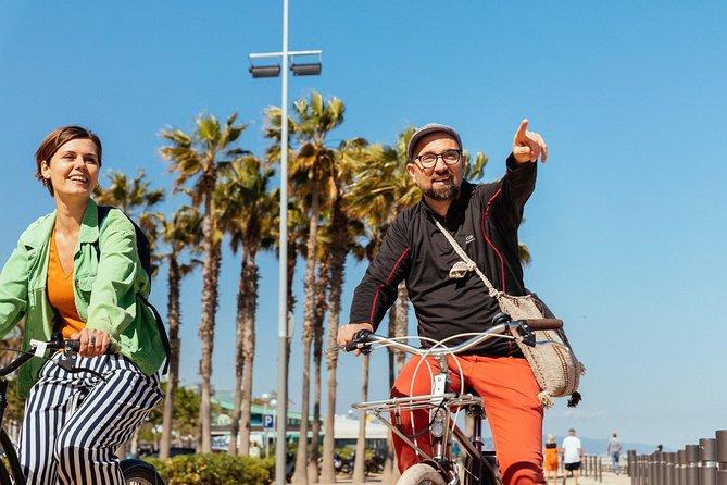 City Beaches & El Poblenou: Private Bike Tour