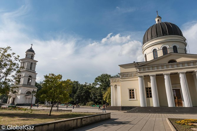 Small-Group Walking Tour of Chisinau