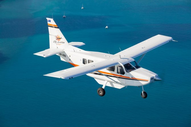 Great Barrier Reef Scenic Flight and Green Island Day Trip from Cairns