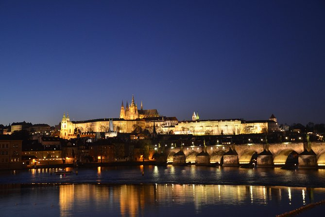 Prague evening tour by car