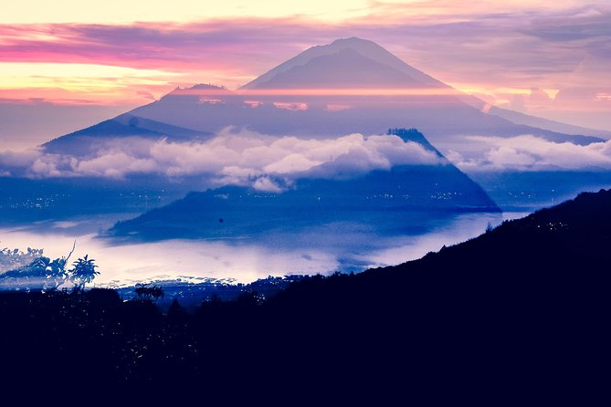 Private Tour: Catching the magical Sunrise from Batur volcano