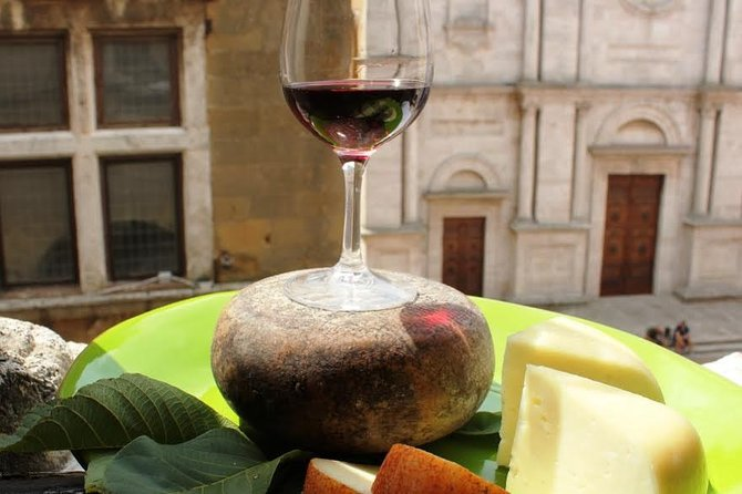 Private Pienza and Montepulciano Half-Day Trip from Siena Winter Season photo 2