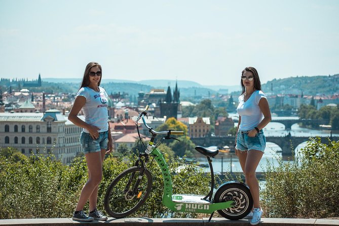 2HOURS PRAGUE TOUR on ⚡️ E-SCOOTER HUGO BIKE
