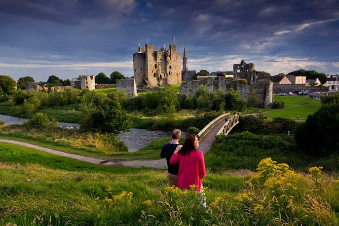 Full-Day Castles and Celtic History Tour from Dublin: Newgrange, Trim Castle