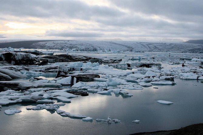 Private 8 days and 7 nights SUV Tour in Iceland