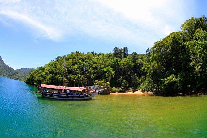 Crucero en goleta de medio día por la Laguna Azul desde Río de Janeiro con Caipirinha