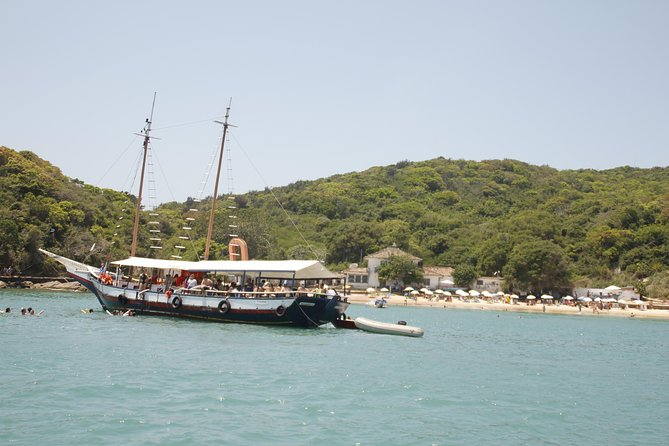 Half-Day Schooner Sightseeing Trip in Buzios Peninsula Beaches